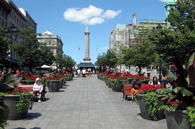 Praça Jacques Cartier em Montreal