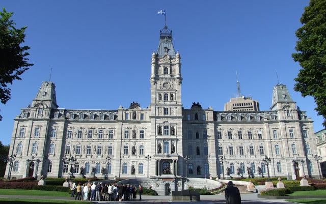 Hôtel du Parlement em Quebec