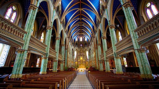 Catedral de Notre-Dame em Ottawa