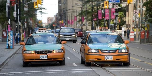 Táxi em Toronto