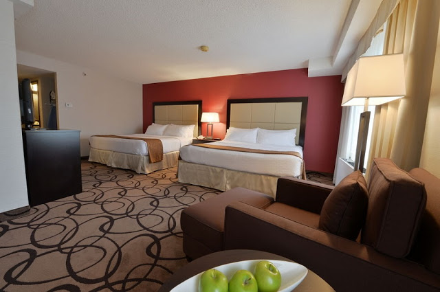 Holiday Inn Montreal Centreville