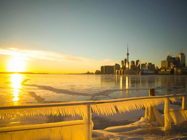 Polson Pier em Toronto