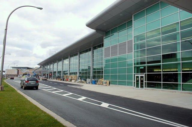 Tempo de avião até Halifax