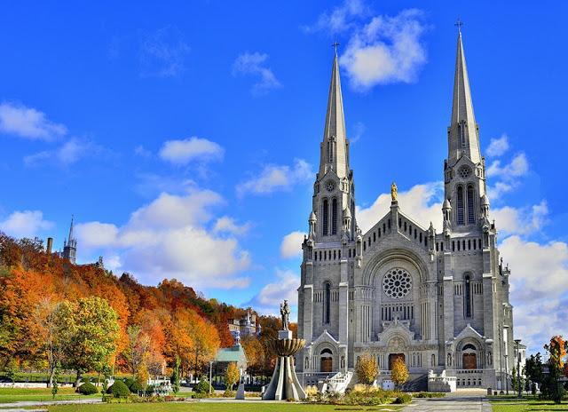 Basílica de Santa Ana em Quebec City