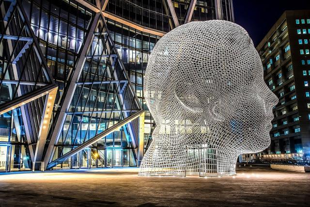 Wonderland Sculpture em Calgary