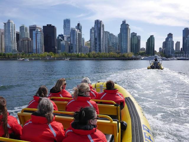 Passeio de barco em Vancouver