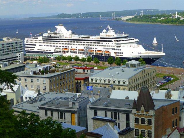 Cruzeiro turístico em Quebec